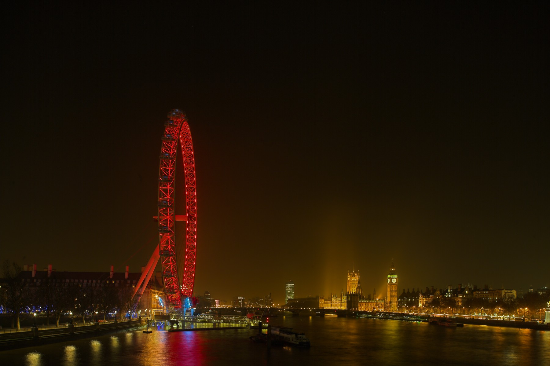London Eye - Architectural Lighting for Visitor Attractions
