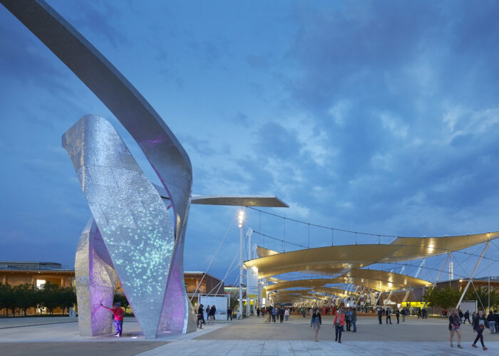 LTP Integration - Architectural Lighting for Structures - Milan Expo