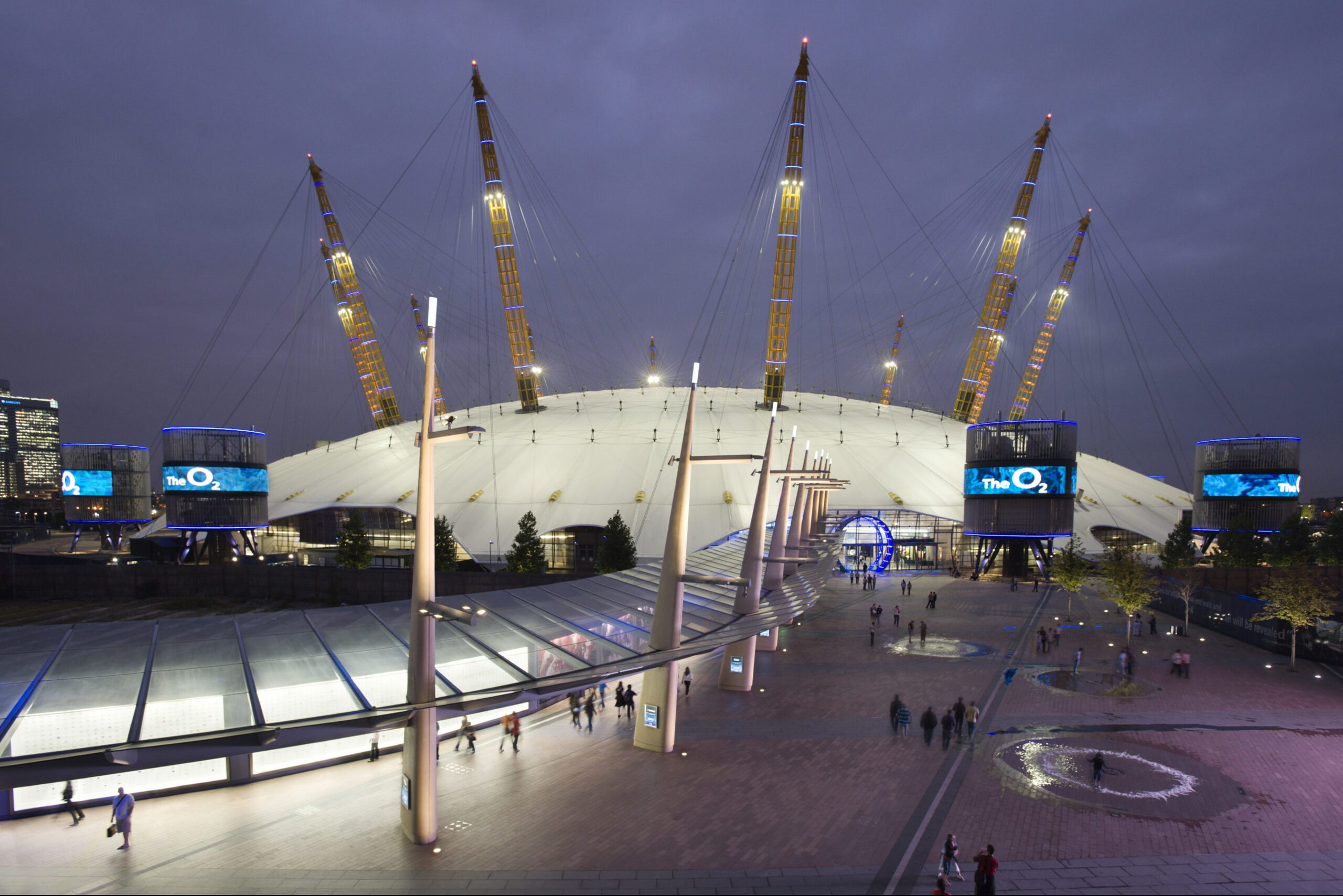 LTP Integration - Architectural Lighting for Visitor Attractions - The O2