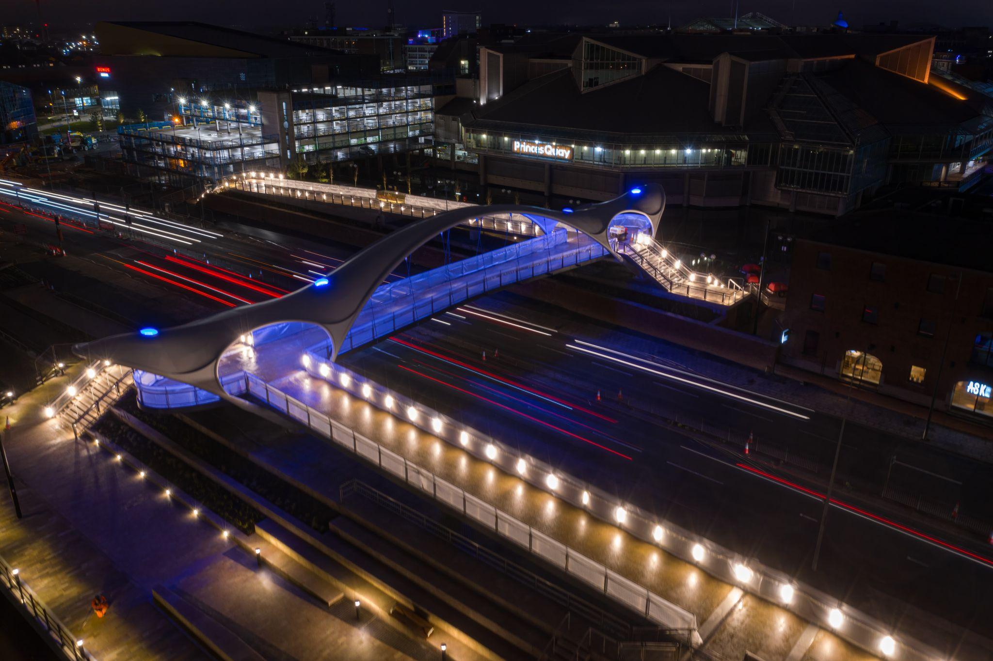 LTP illuminates A63 Princes Quay Bridge / Murdoch's Connection in Hull